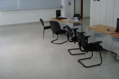Edificação, polimento e acabamento de piso de granitina